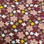 Fiori colorati viola